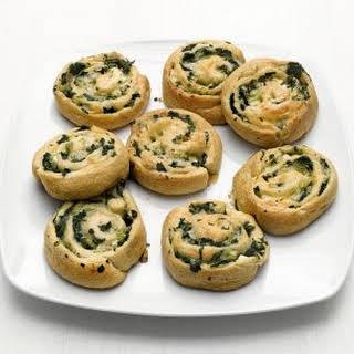 Spinach-Cheddar Rolls.