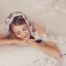Wedding photographer Anna Osipova (yaguanna). Photo of 13.01.2014