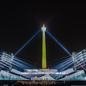 Bizzare triangle of lights  by Said Rizky - Buildings & Architecture Statues & Monuments ( lights, indonesia, jakarta, ariah, stage )
