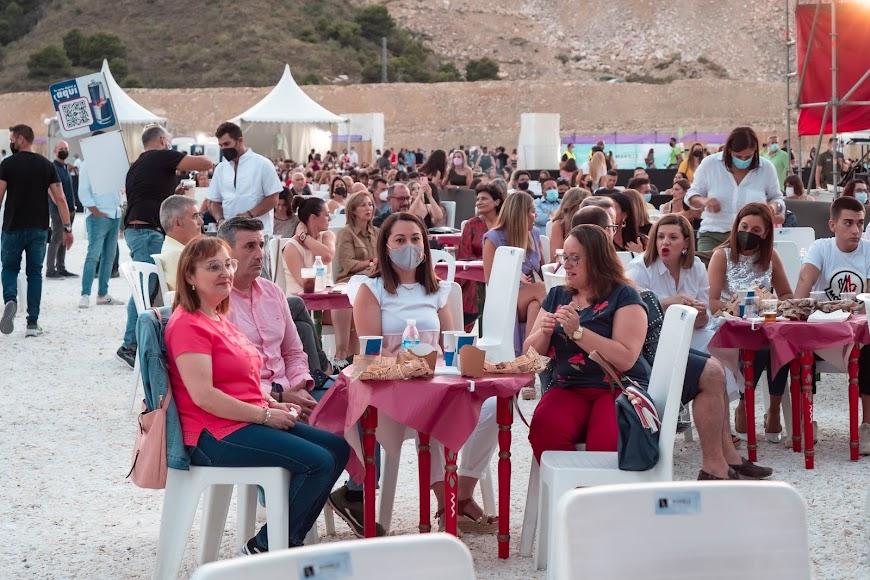 El público sentado esperando el comienzo del concierto de Bisbal