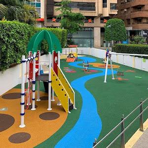 Parque infantil - Plaza de Santa Isabel