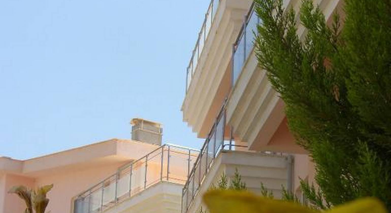 Malibu Residences