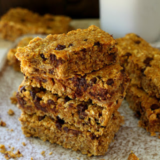 Chewy Chocolate Chip Pumpkin Oatmeal Bars