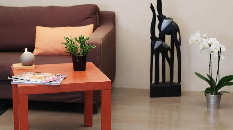 Un sol en béton ciré met en valeur votre mobilier