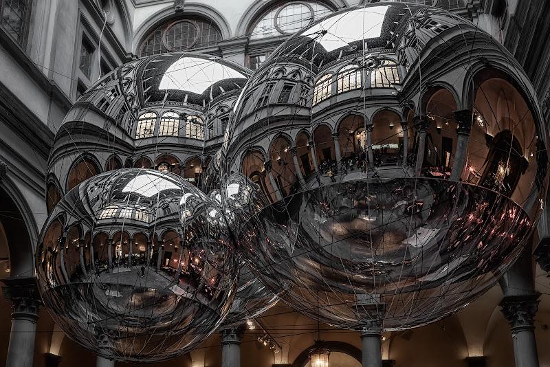 Le sfere di Saraceno a palazzo strozzi di Luca160