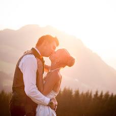 Wedding photographer Katharina Wisata (wisata). Photo of 13.04.2015