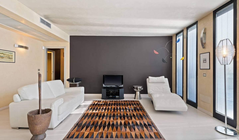 Apartment with terrace Brescia