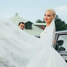 Wedding photographer Vladimir Petrov (VladKirshin). Photo of 26.07.2018