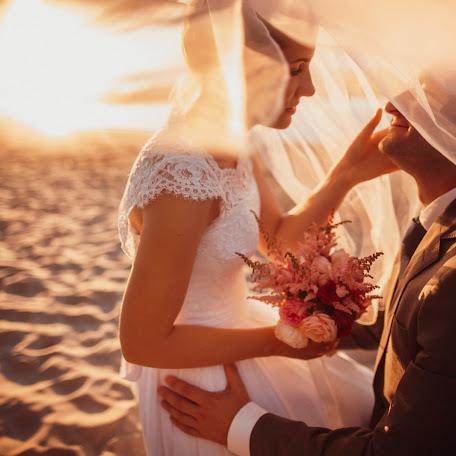 Wedding photographer Santis Zibergs (bilzukaste). Photo of 04.10.2016