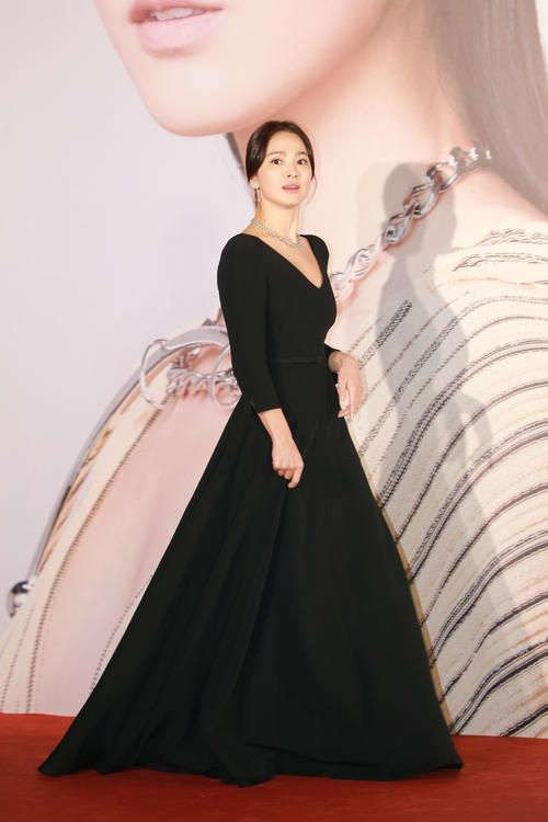 hyekyo gown 31