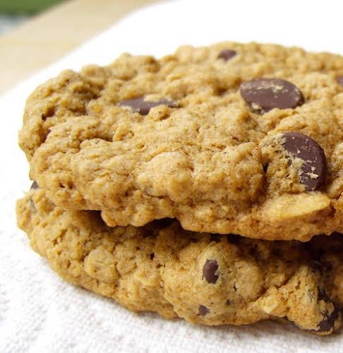 Gluten-Free Bakery-Style Oatmeal Cookies