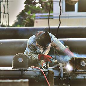 Welder On Job by Havidz Zhurrahman - People Street & Candids ( welding, candid, men )