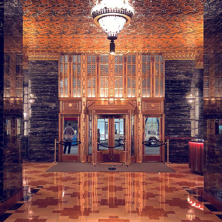 The lobby of the former Pac Bell Building, 140 Montgomery.
