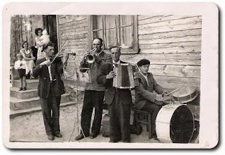 Photo: Od lewej: Rainko Czesław, Modzelewski Stanisław, Rainko Władysław, ...