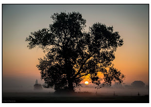 Photo: Nederland Natuur -Landschap met opkomende zon foto: Bert Morsink