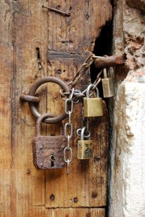 Locked-Door-iStock_000005713826XSmall.jpg