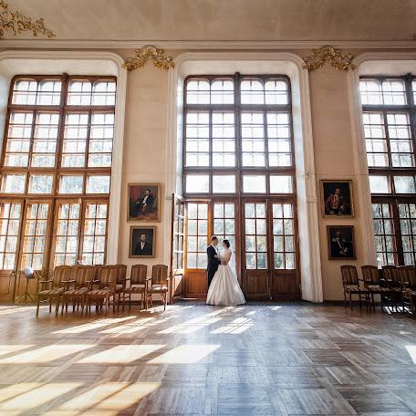 Wedding photographer Viktor Krutickiy (krutitsky). Photo of 18.02.2018
