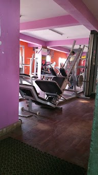Power Cuts And Curves Gym And Fitness Centre photo 2