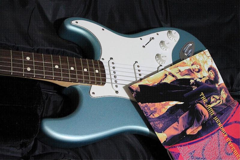 Il mito e la chitarra  di fantasia