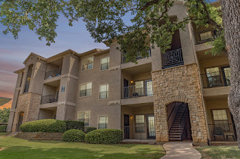 Go to Forest Brook Apartments website