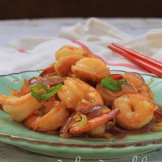 Vietnamese Prawns Stir-Fried with Lemongrass & Chilli (Tôm riem xo voi).