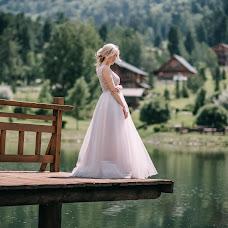 Wedding photographer Kseniya Romanova (romanova). Photo of 02.10.2017