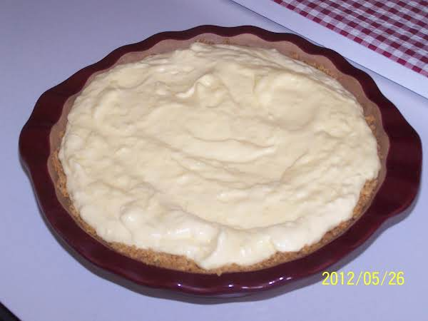 Summertime Banana Coconut Cream Pie Recipe