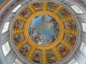 Photo: The dome above the Tomb of Napoleon