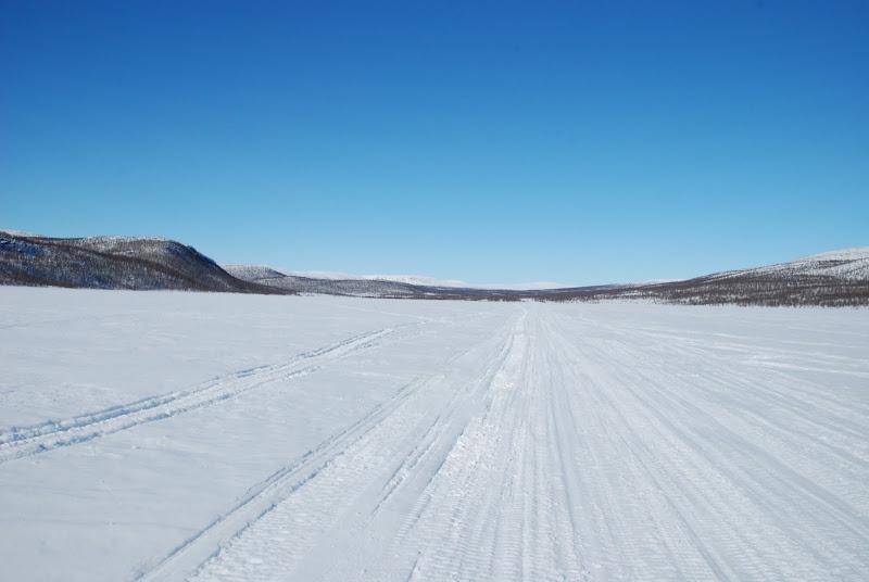 Kuva: Ropinsalmi, lähtö ja paluupaikka. 15 vrk väliä, palatessa lunta taisi olla vähän enemmän kuin lähtiessä