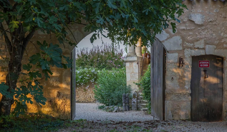 Propriété avec piscine et jardin Fouleix