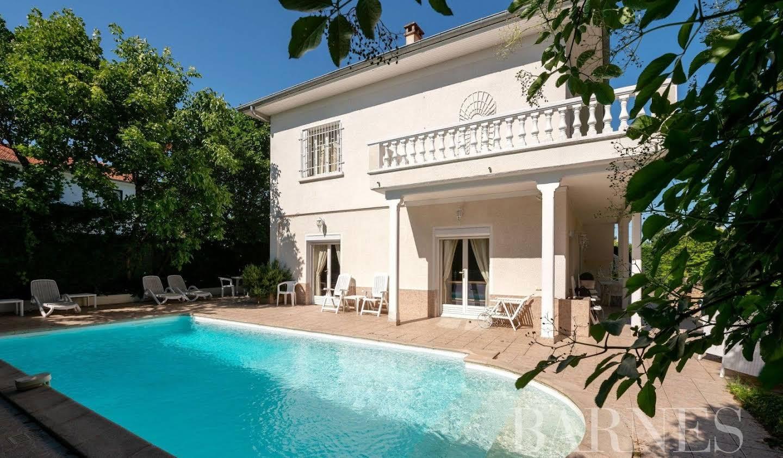 Maison Rillieux-la-Pape