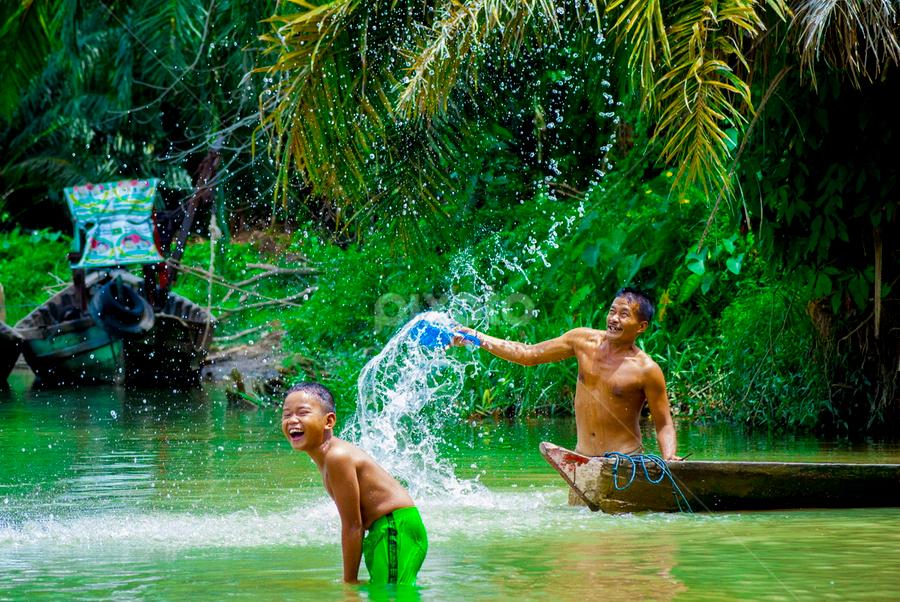by Kesuma Wijaya - People Portraits of Men ( sungai, sumatera, asahan, air )