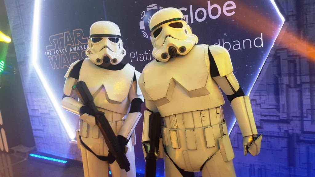 GLOBE GALACTIC DIGITAL NIGHT WITH THE STORM TROOPERS