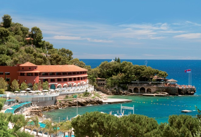 UEFA Euro 2016: 7 Stylish Child-Friendly Hotels Monte-Carlo Beach Hotel
