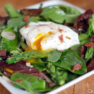 Michael Ruhlman'S Salad with Bacon and Poached Egg Recipe