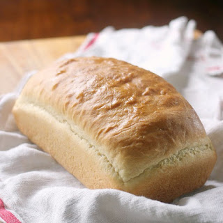 Country White Sandwich Bread.