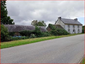 maison à Collorec (29)