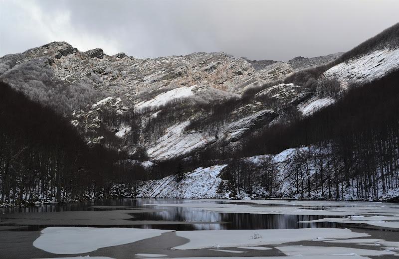 Il lago ghiacciato di elena_magnani