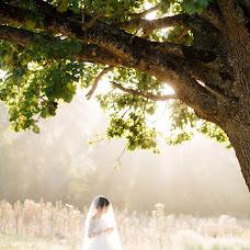Wedding photographer Natasha Dyachkova (cockroach). Photo of 19.09.2016