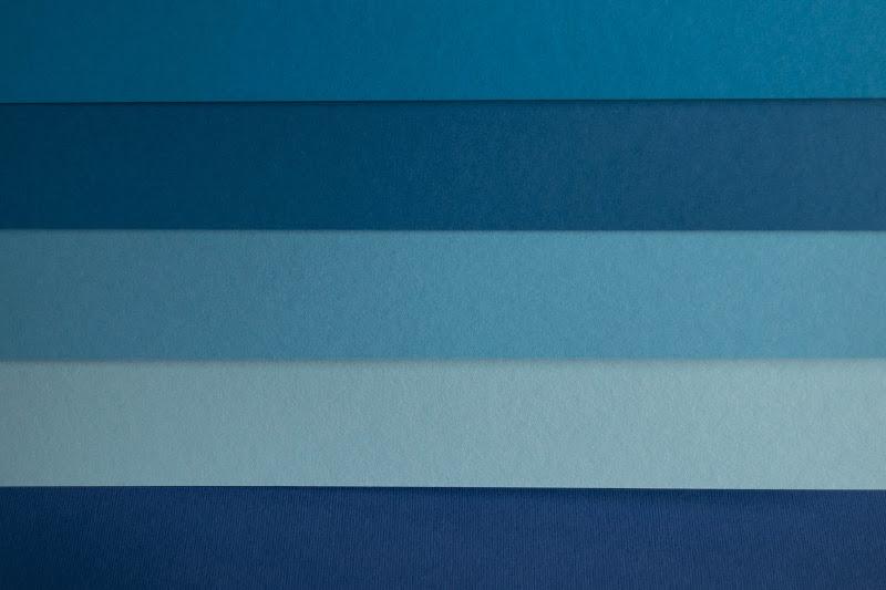 righe blu di irina sirbu