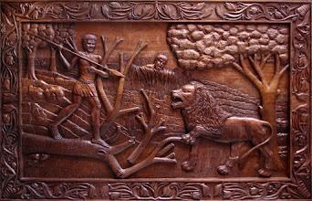 Photo: Para este cuadro, si no nos falla la memoria, se utilizó bubinga, una madera bastante dura procedente del áfrica tropical que se caracteriza por ser muy fina y regular; fácil de tallar.  Tamaño: 108 x 170 cm.|| Talla en madera. Woodcarving. Puedes conocer más de este artista en el blog: http://tallaenmadera-woodcarving-esculturas.blogspot.com/