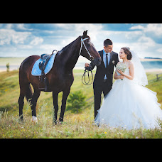 Wedding photographer Anton Grebenev (K1keR). Photo of 14.08.2015