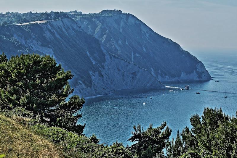 dove la montagna incontra il mare di francymas