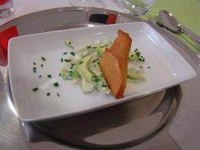 Photo: samosas/makhan chaat (chamuças/salada de abacate)