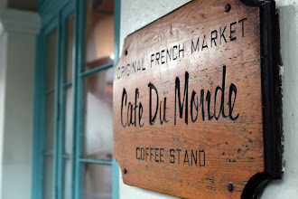 Photo: The famous Cafe du Monde http://ow.ly/caYpY