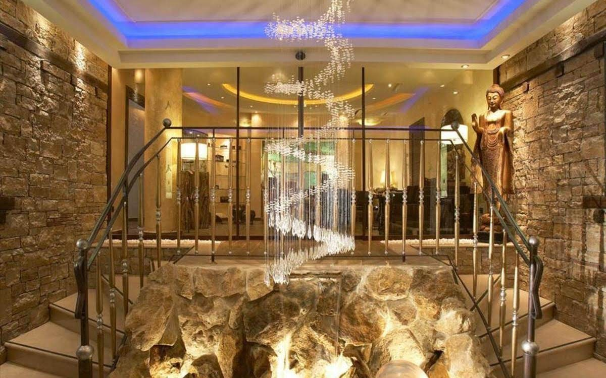 hotelsPhoto1