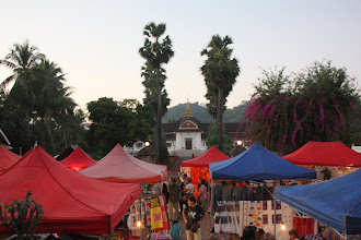 Photo: Day 265 - Night Market in Sisavangvong Street and National Museum
