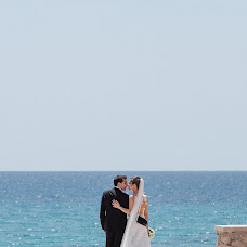 Wedding photographer Antonio Antoniozzi (antonioantonioz). Photo of 13.10.2017