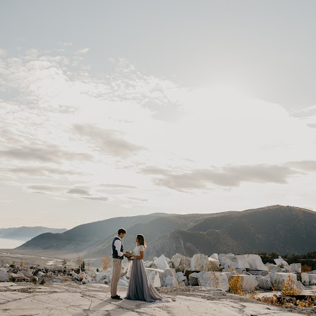 Wedding photographer Zarina Sokur (ZarinaUra). Photo of 27.10.2017