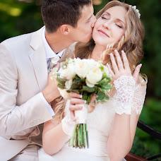 Wedding photographer Larisa Erikson (YourMoment). Photo of 14.12.2014